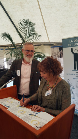 ligue-enseignement-signature-charte-ligue-40